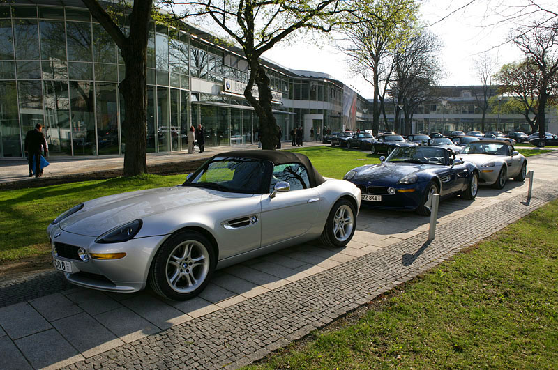Some of the cars assembled in the crisp Munich morning light. Z8 Club at the Villa D'Este, Apr 06. (photo: Macfly)